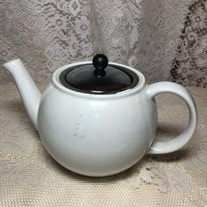Bodnum Teapot